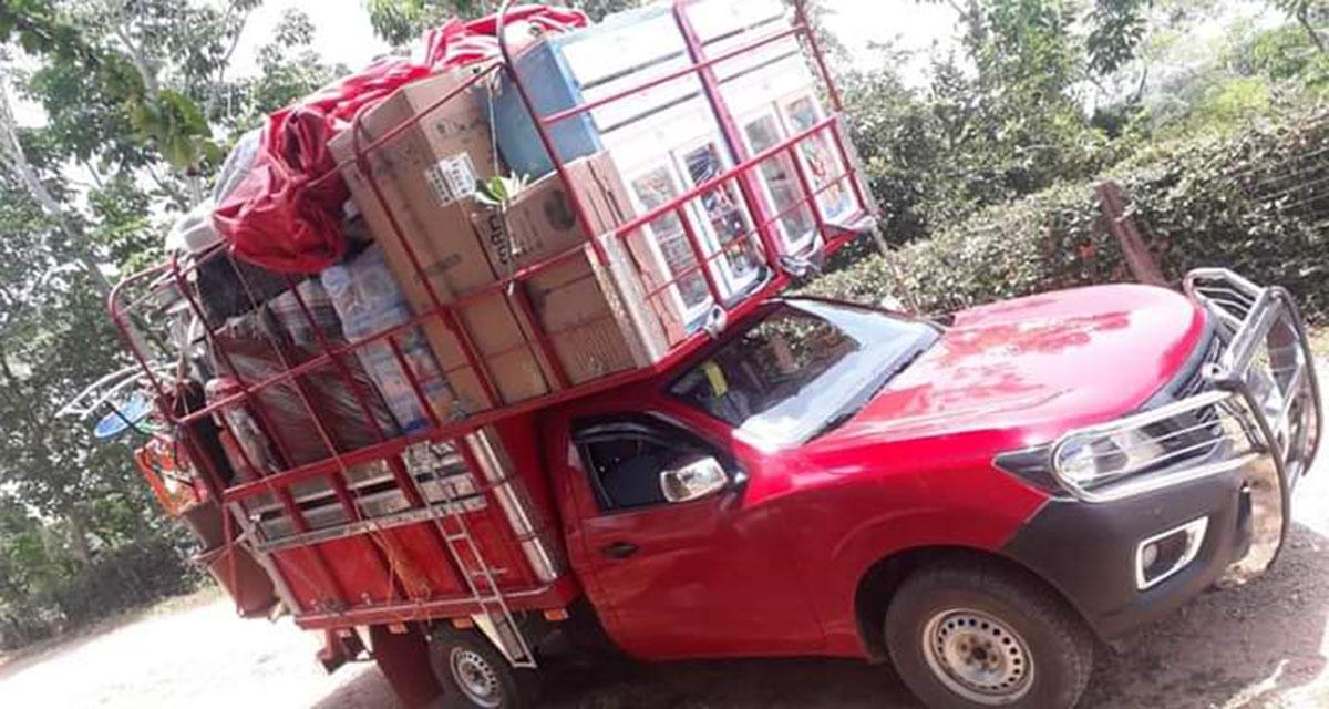 En el Istmo, roban camioneta cargada de muebles   El Imparcial de Oaxaca