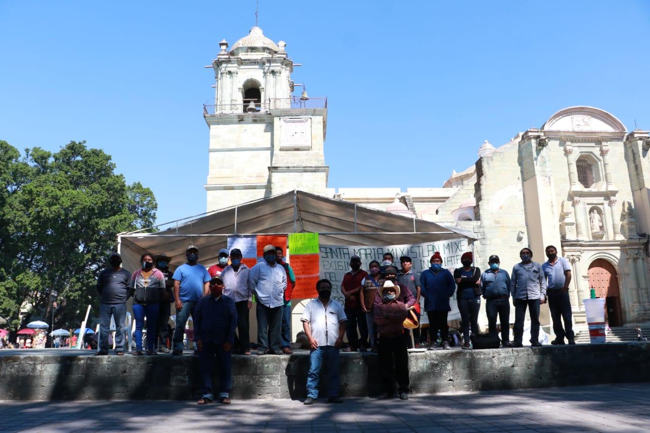 Mantienen huelga de hambre habitantes de Santa María Mixistlán   El Imparcial de Oaxaca