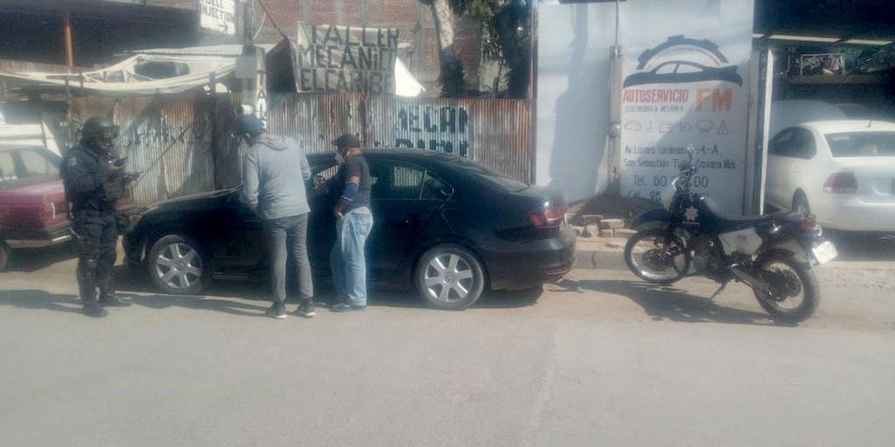 Recupera auto y moto con reportes de robo