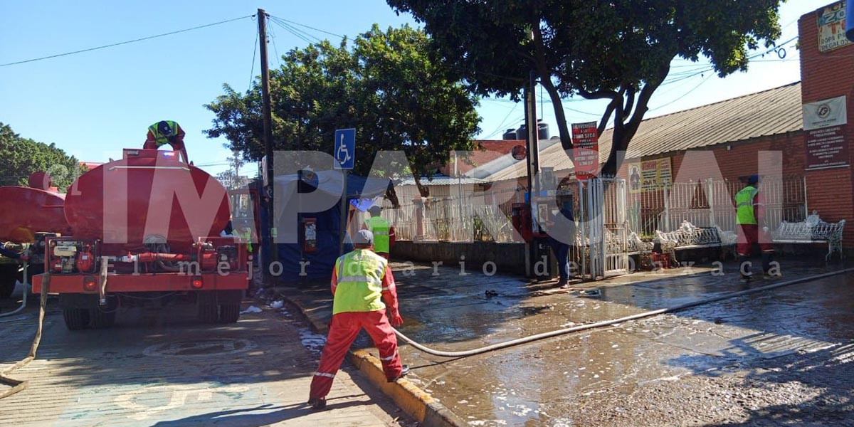Realizan desinfección de la zona seca de la Central de Abasto   El Imparcial de Oaxaca