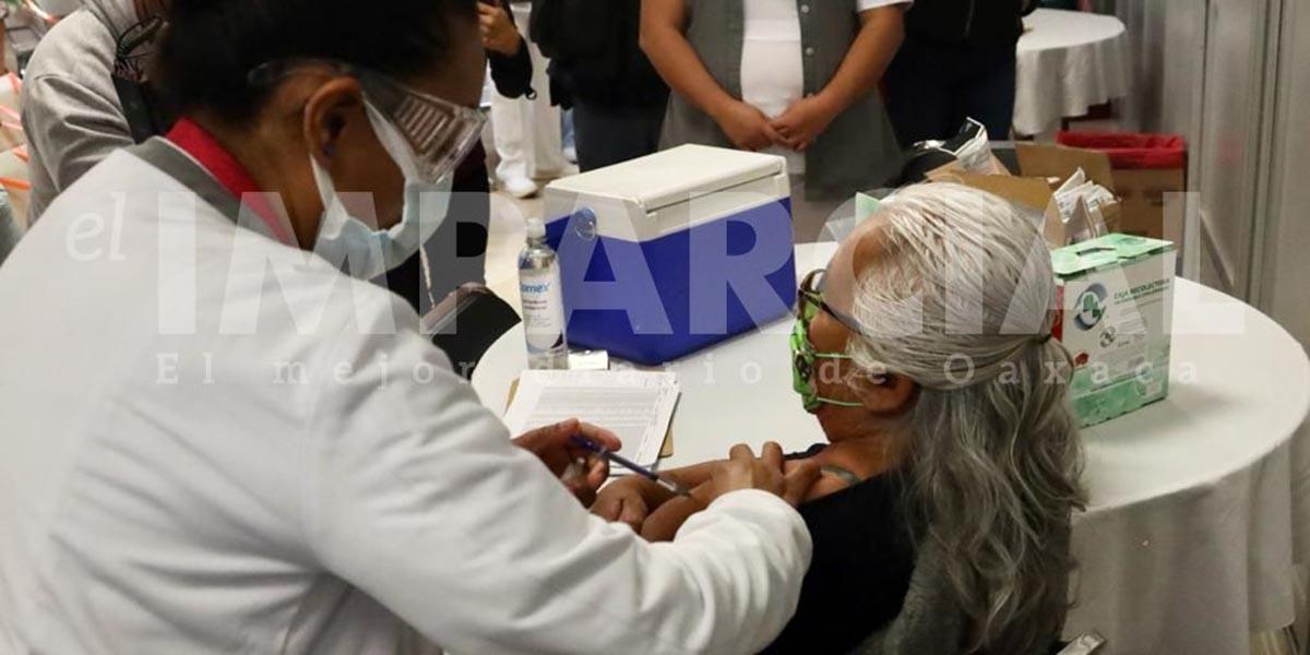 Inicia vacunación en hospitales de Oaxaca | El Imparcial de Oaxaca