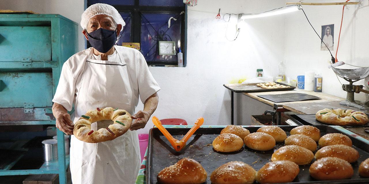Don Beto preserva la tradición de las roscas de Reyes | El Imparcial de Oaxaca