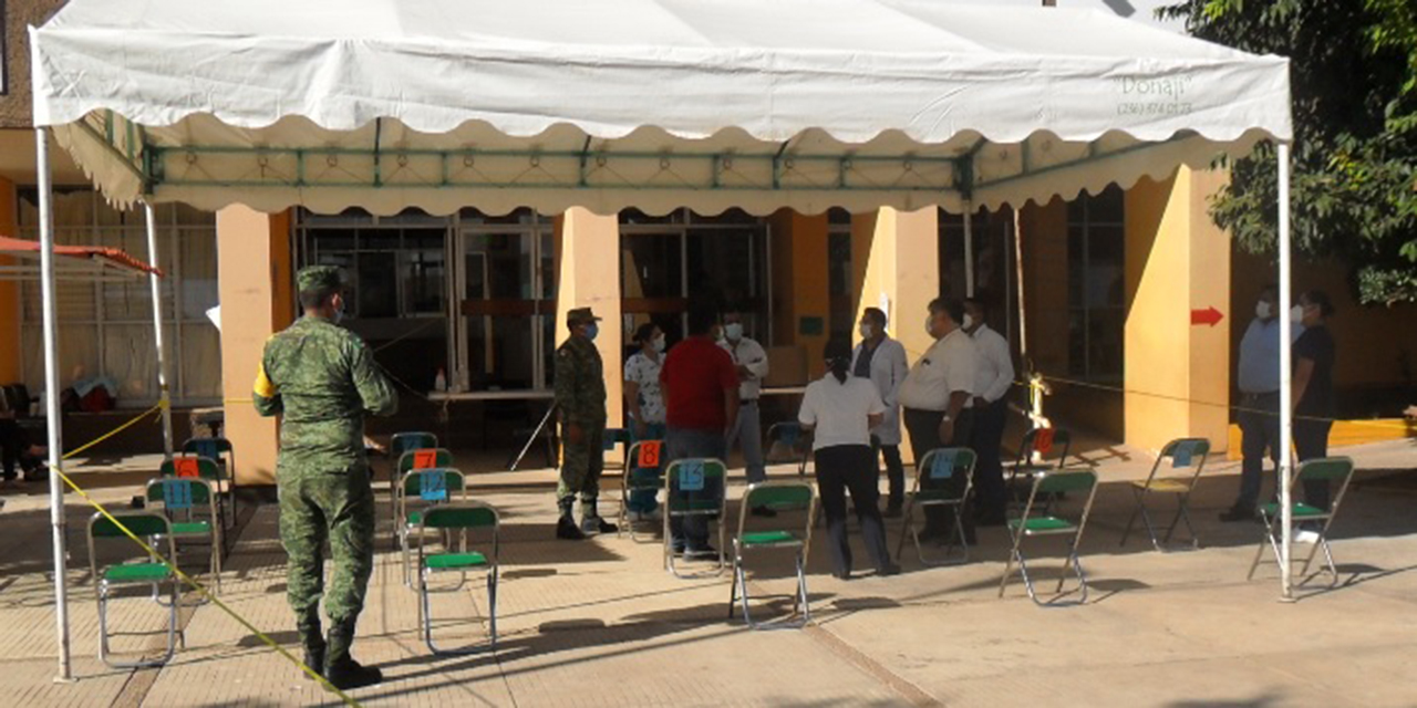 Personal médico de Cuicatlán recibe vacuna contra Covid-19   El Imparcial de Oaxaca