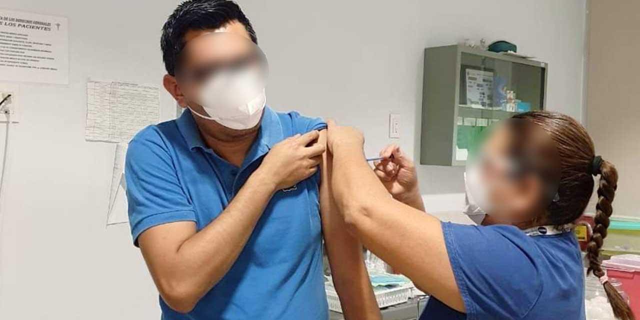 Inicia vacunación contra Covid-19 en la Costa oaxqueña | El Imparcial de Oaxaca