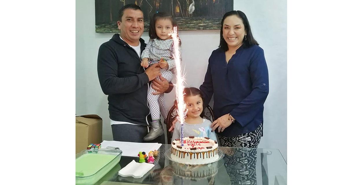 La familia Hernández Beltrán se reunió en su hogar para celebrar a Metztli   El Imparcial de Oaxaca