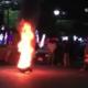 Videos: Ciudadanos retienen y golpean a elemento de la AEI en Huajuapan