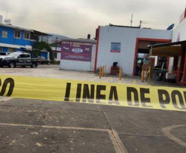 Acordona policía el mercado Víctor Bravo Ahuja por caja sospechosa