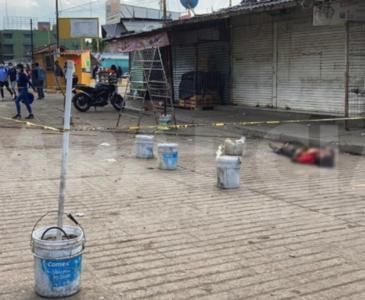 Muere indigente en la central de abastos