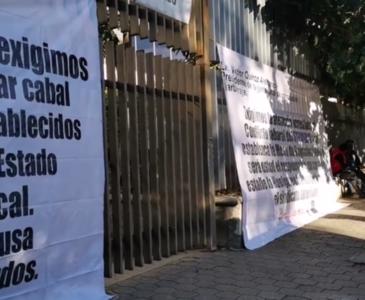 STEUABJO toma la Junta Local de Conciliación y Arbitraje, amenaza con estallar Huelga en la UABJO