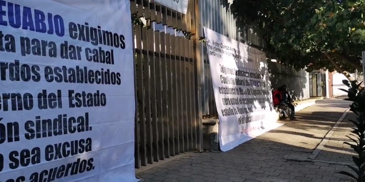 STEUABJO toma la Junta Local de Conciliación y Arbitraje, amenaza con estallar Huelga en la UABJO | El Imparcial de Oaxaca