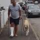 Video: Gasta miles de dólares para descubrir por qué cojeaba su perro