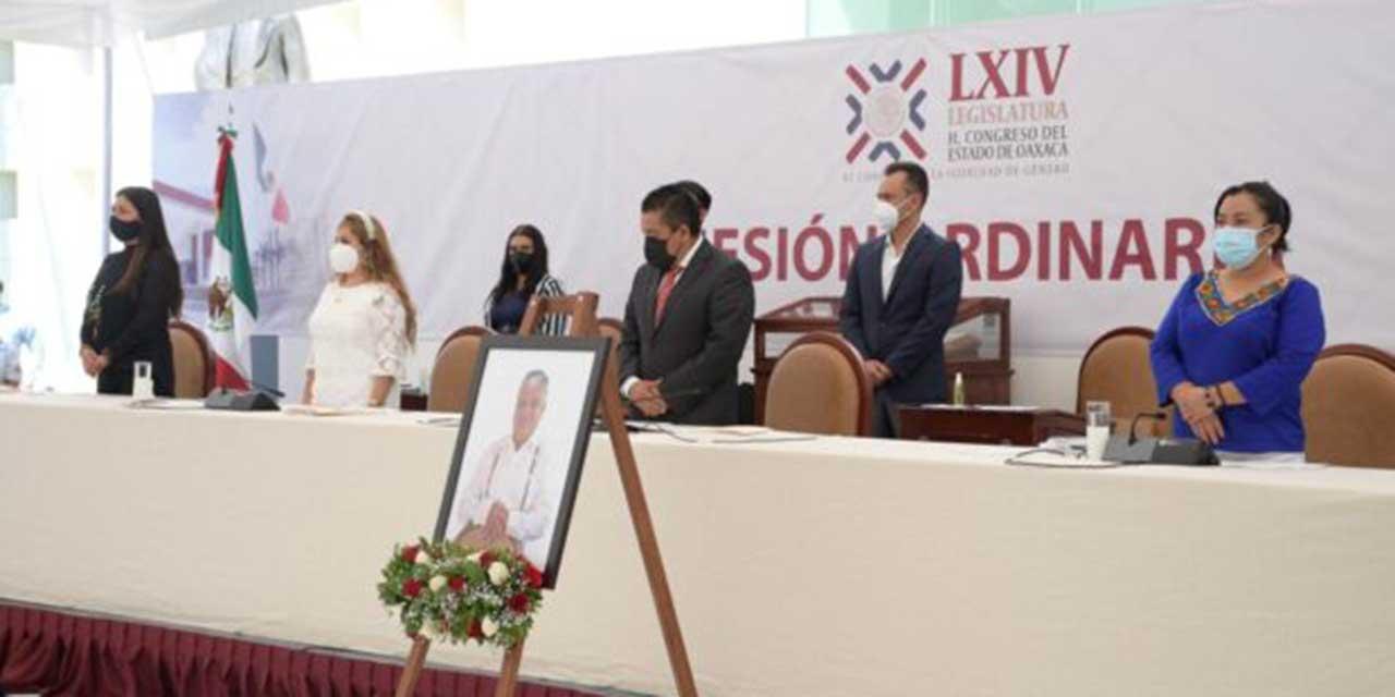 Rinde Congreso homenaje póstumo a Othón Cuevas | El Imparcial de Oaxaca