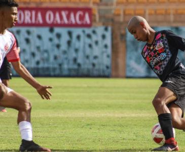 Alebrijes doblegó a Porteños en la Liga TDP