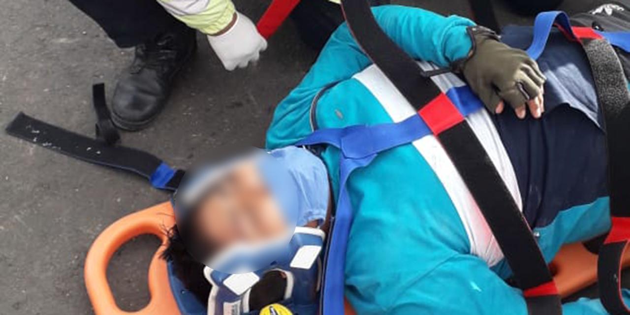 Motociclista y taxista  protagonizan percance en Huajuapan | El Imparcial de Oaxaca