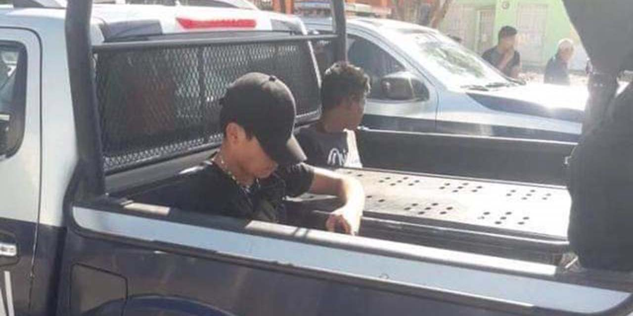 Detienen a dos sujetos por robo en Ciudad Yagul | El Imparcial de Oaxaca