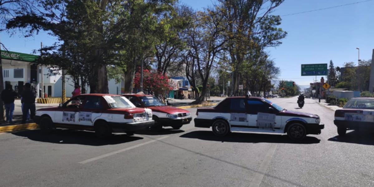 Con bloqueo piden transportistas topes en la carretera federal 190 | El Imparcial de Oaxaca
