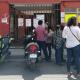 Vecinos del fraccionamiento Álamos Infonavit exigen solución a daño en red de drenaje