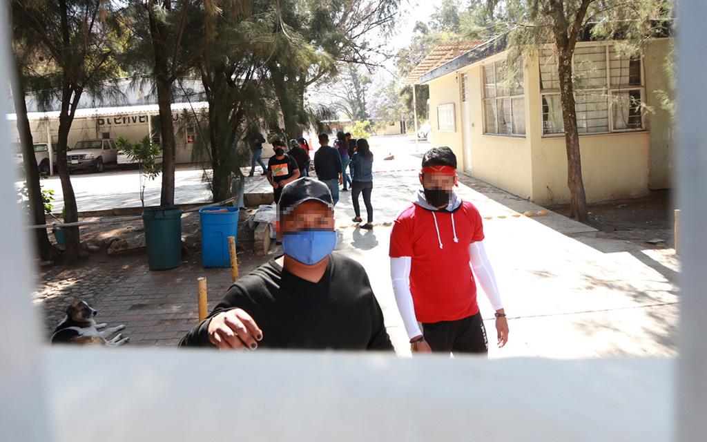 Se atrincheran normalistas para exigir contrataciones | El Imparcial de Oaxaca