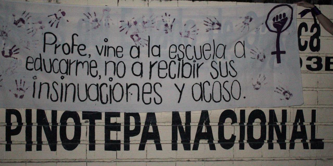 Ex alumna del Cobao 03 de Pinotepa encabezó la protesta | El Imparcial de Oaxaca