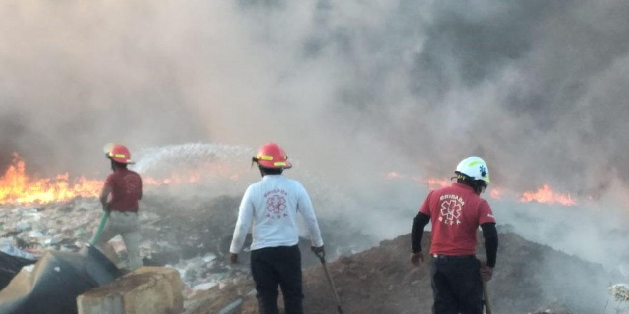 Fuerte incendio en el basurero de Atzompa   El Imparcial de Oaxaca