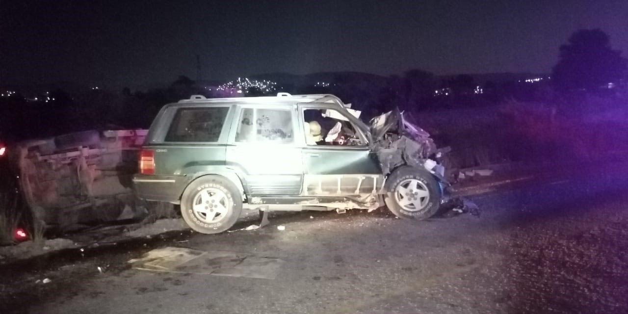Un muerto deja brutal choque en la carretera a San Mateo, Etlatongo, Oaxaca