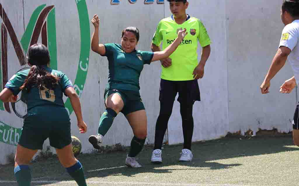 Pumas ganó en el torneo de futbol mixto | El Imparcial de Oaxaca