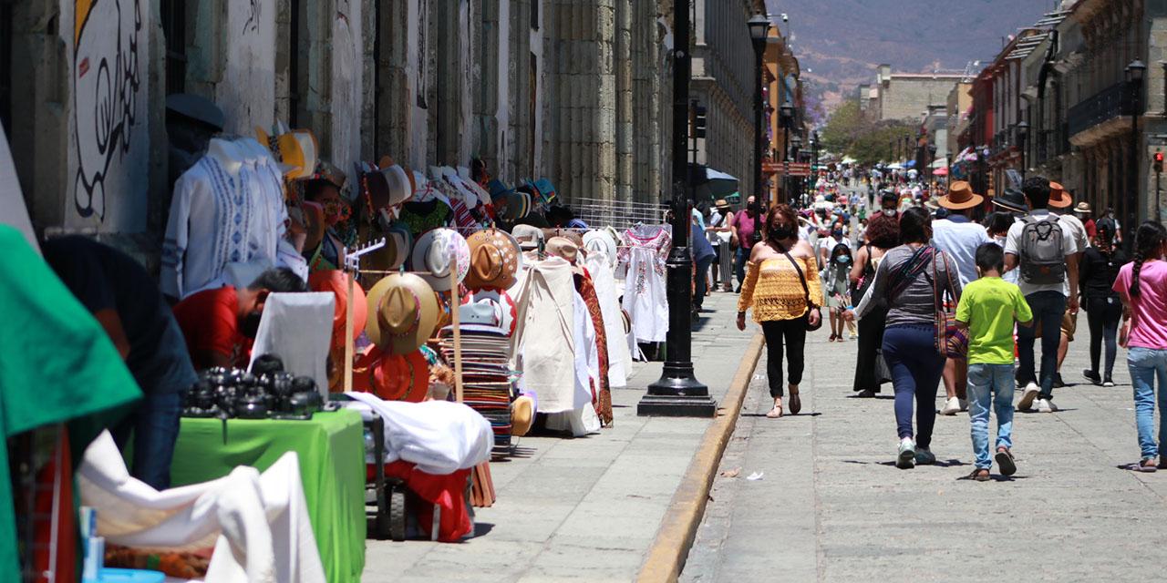 Prolifera comercio ambulante durante vacaciones en Oaxaca | El Imparcial de Oaxaca