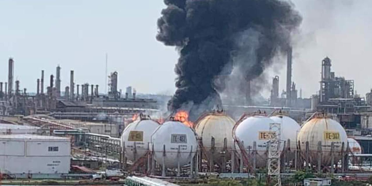 VIDEO | Se incendia la refinería de Minatitlán, Veracruz | El Imparcial de Oaxaca