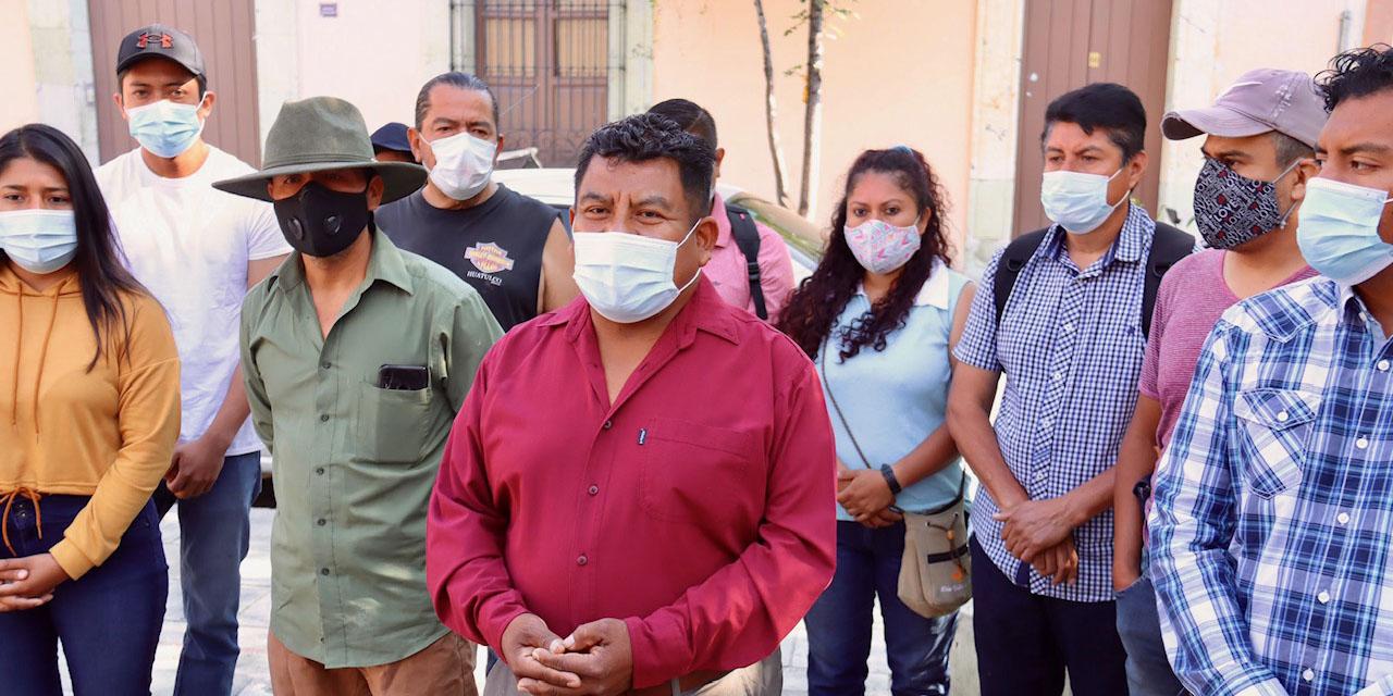 Escala conflicto entre artistas y expositores en Jardín Labastida   El Imparcial de Oaxaca