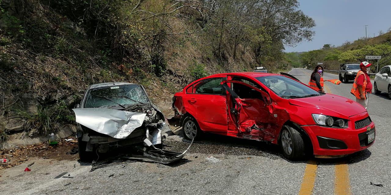 Aparatoso choque en Matías Romero deja 3 lesionados | El Imparcial de Oaxaca