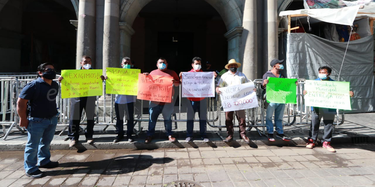 Autoridades de Ozumacín, Ayotzintepec, exigen entrega de recursos federales; niegan secuestro de funcionarios | El Imparcial de Oaxaca
