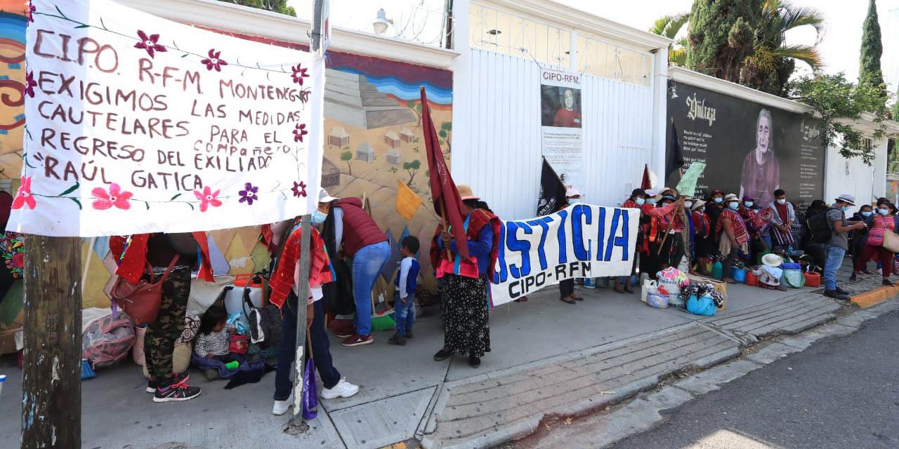 Protesta CIPO-RFM y advierte con mantener plantón en oficinas del INPI | El Imparcial de Oaxaca