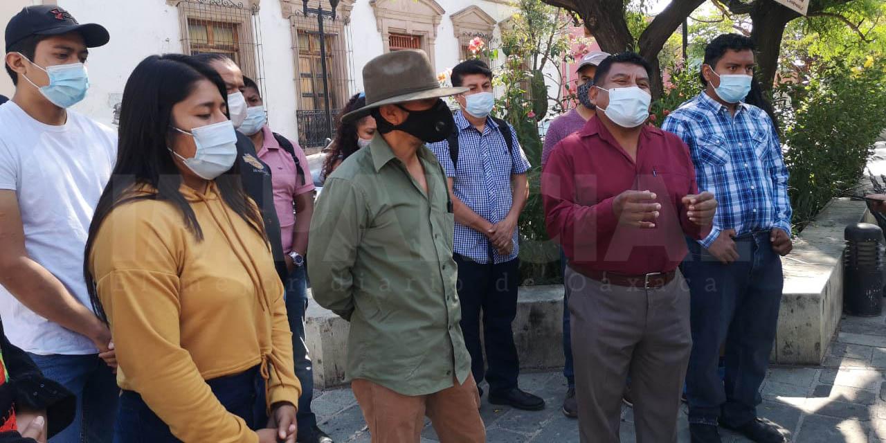 Artistas plásticos del Jardín Labastida denuncian conflicto interno | El Imparcial de Oaxaca