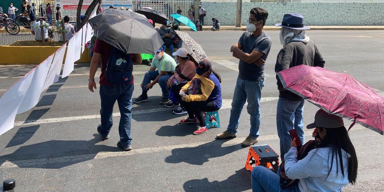 Retoman sindicalizados de los telebachilleratos sus movilizaciones   El Imparcial de Oaxaca