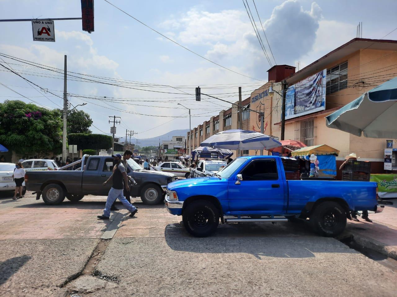Por incremento de ambulantaje, bloquean el centro de Huajuapan | El Imparcial de Oaxaca