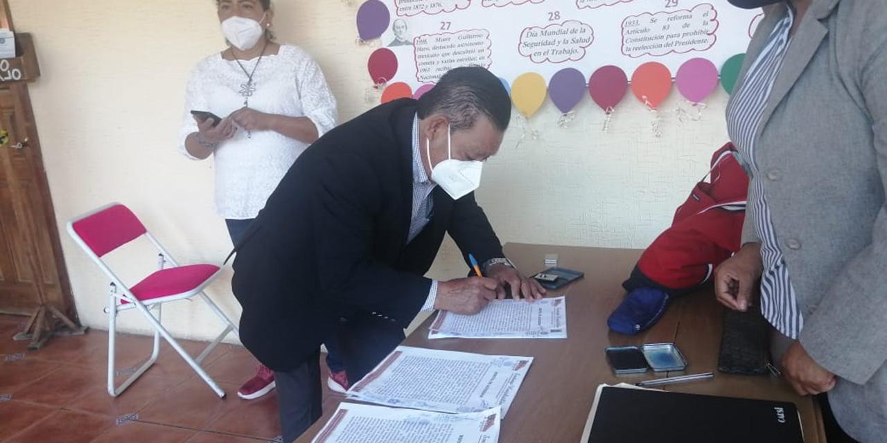 Inconforma cancelación de punto de vacunación en Santiago Huajolotitlán   El Imparcial de Oaxaca