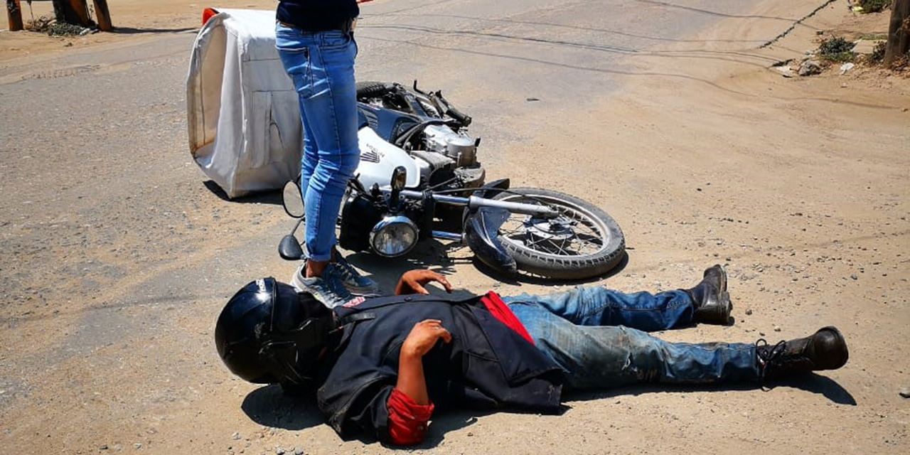 Tortillero se estrella contra una camioneta | El Imparcial de Oaxaca