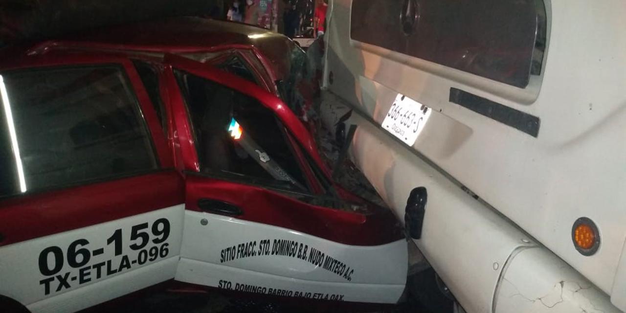Se estampa atrás de camión   El Imparcial de Oaxaca