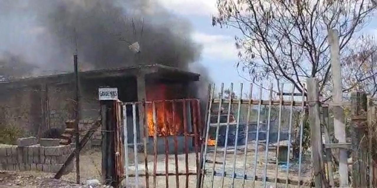 Fuego arrasa con casa habitación | El Imparcial de Oaxaca