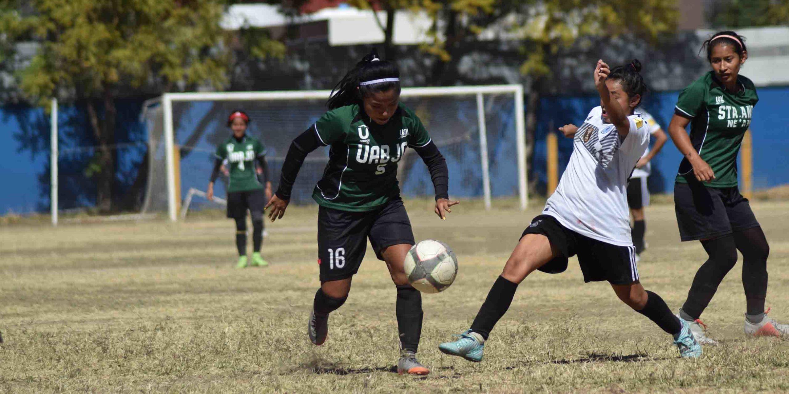 Van por hexagonal de futbol femenil | El Imparcial de Oaxaca