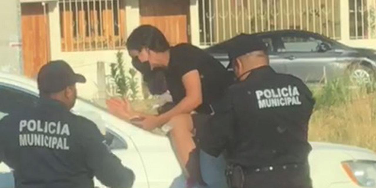 Mujer protagoniza escándalo en San Felipe del Agua | El Imparcial de Oaxaca