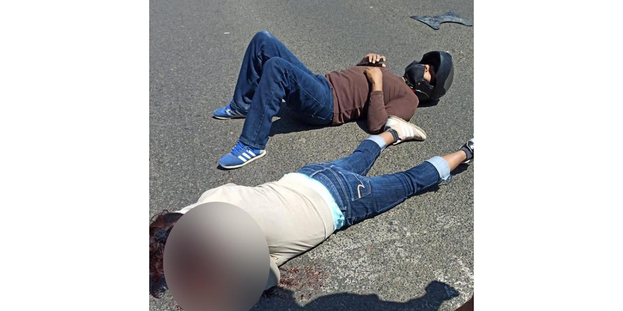 Motociclistas derraparon brutalmente en Pueblo Nuevo   El Imparcial de Oaxaca