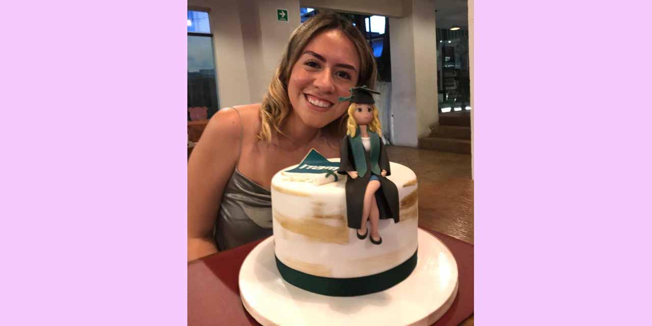 Celebra su graduación   El Imparcial de Oaxaca