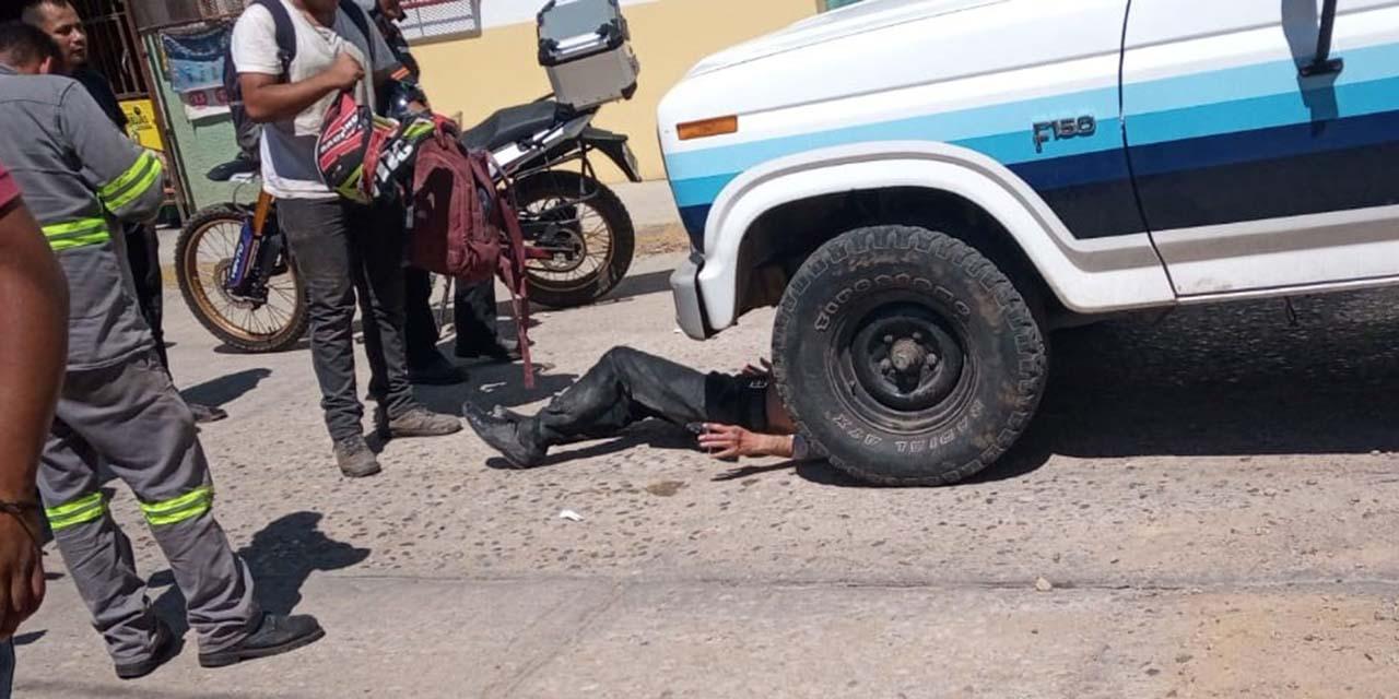Casi aplastan a un motociclista   El Imparcial de Oaxaca