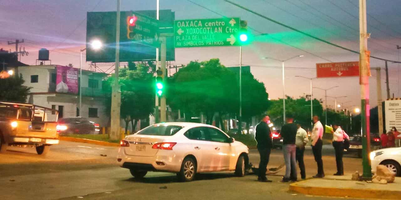 Aparatoso choque en la ex Garita   El Imparcial de Oaxaca