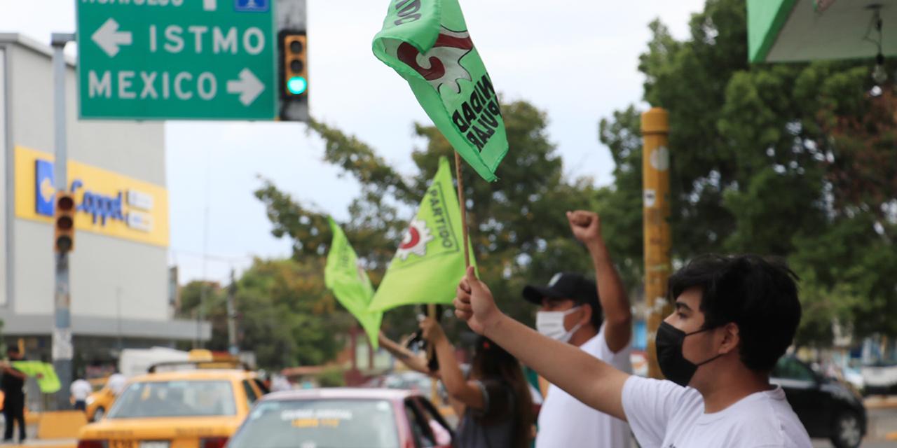 Campañas inundan a la ciudad de Oaxaca; es un despilfarro, dicen ciudadanos   El Imparcial de Oaxaca