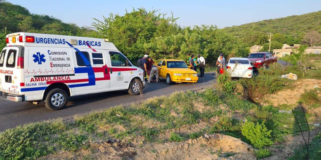 Fuerte choque deja persona lesionada y daños materiales en Salina Cruz   El Imparcial de Oaxaca