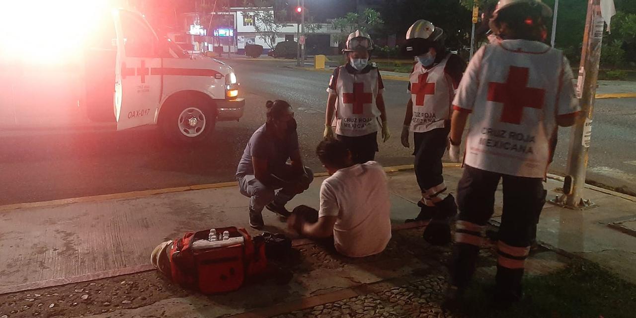 Derrapa motociclista en la glorieta a Lázaro Cárdenas | El Imparcial de Oaxaca