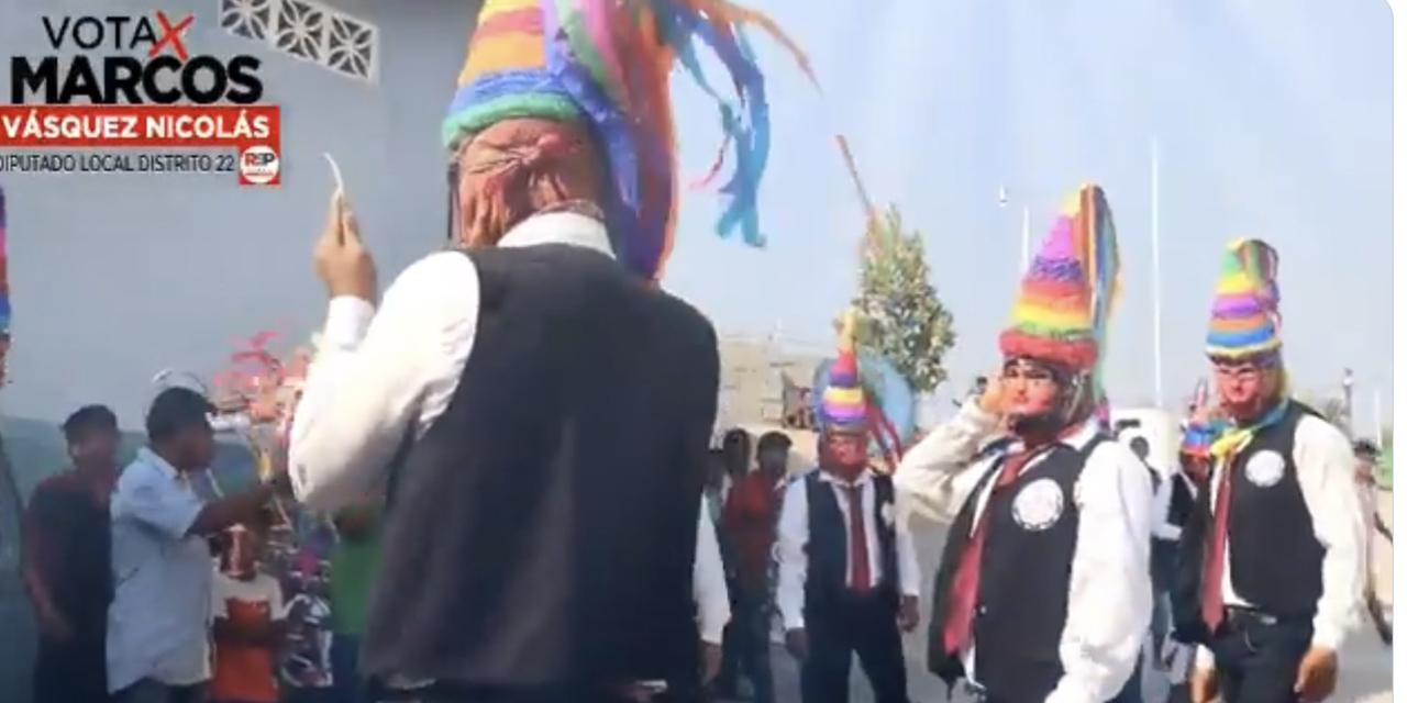 """Denuncian a candidato por apropiación cultural tras promoverse con la """"Danza de la Quijada""""   El Imparcial de Oaxaca"""