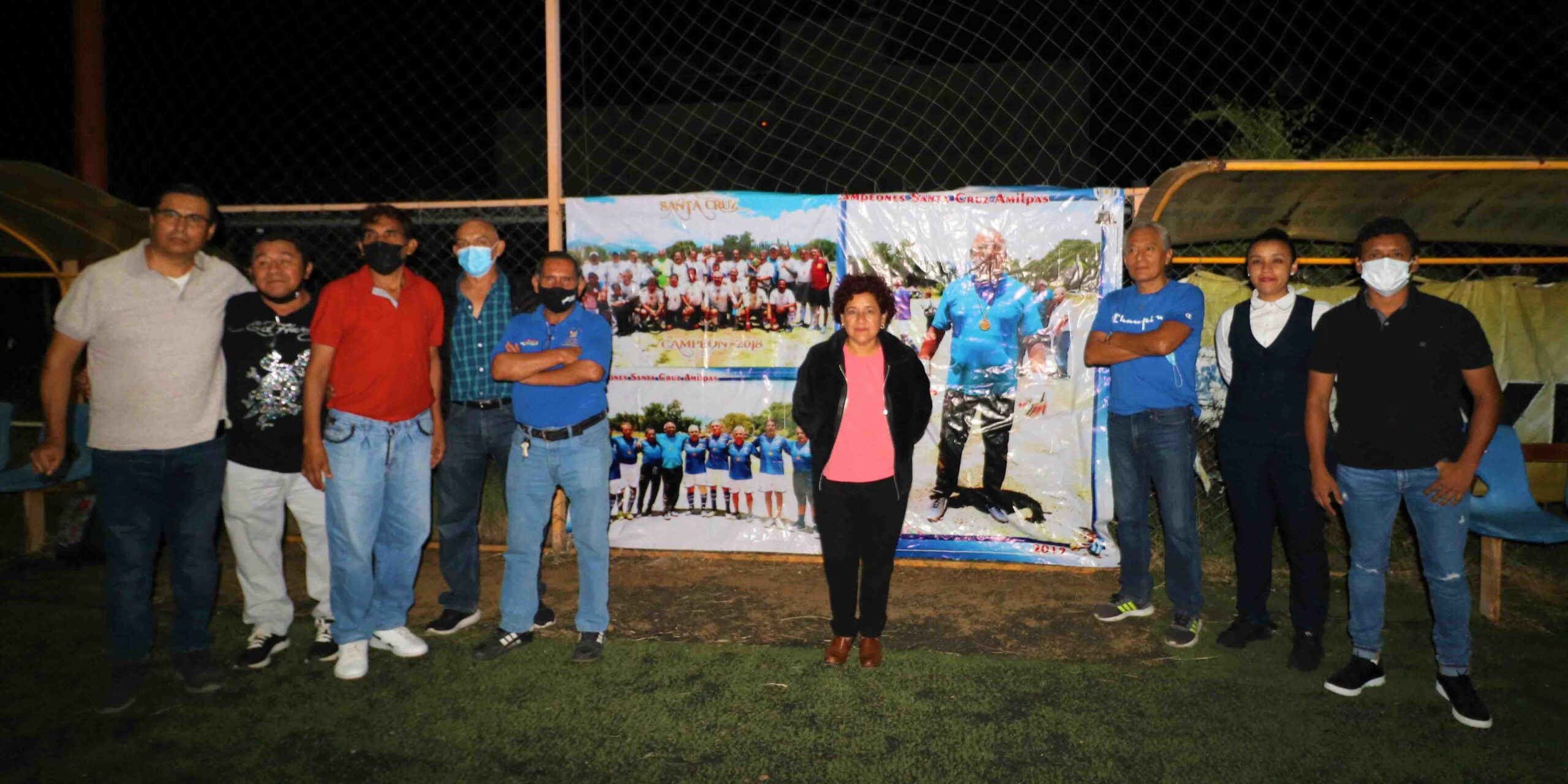 Realizan homenaje a Roberto Cadena | El Imparcial de Oaxaca